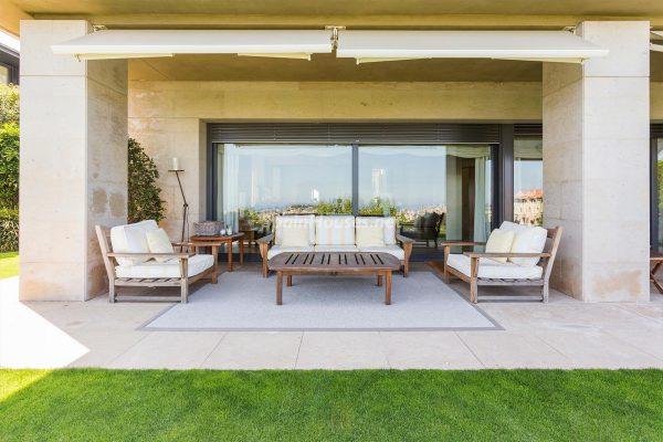 65057482 2048709 foto 704537 600x400 - Villas perfectas para disfrutar de todas las ventajas que ofrece un porche
