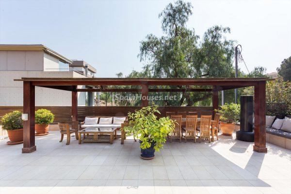 65057482 2048728 foto 425027 600x400 - Villas perfectas para disfrutar de todas las ventajas que ofrece un porche