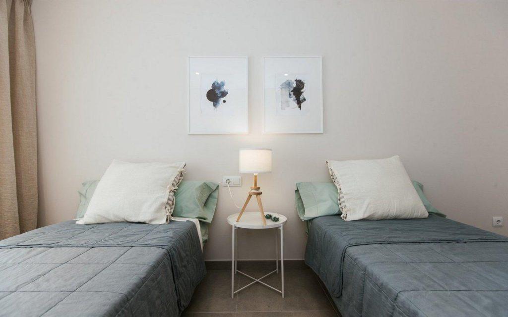 66754663 2662229 foto 944888 1024x640 - Apartamento en primerísima línea de playa a precio de ocasión en La Manga del Mar Menor (Murcia)