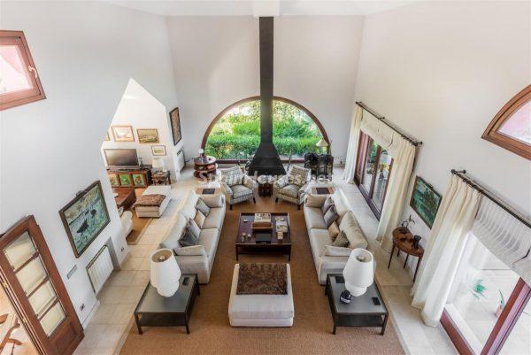 67503655 2093442 foto 720365 600x401 - Descubre cómo ha cambiado la decoración del hogar en los últimos años