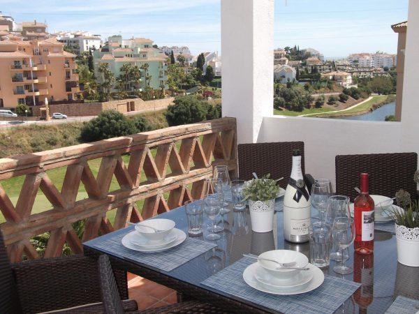 67607037 2072547 foto62699827 600x450 - ¡Hora de preparar tus vacaciones! Los mejores pisos para alquilar en la costa de Málaga
