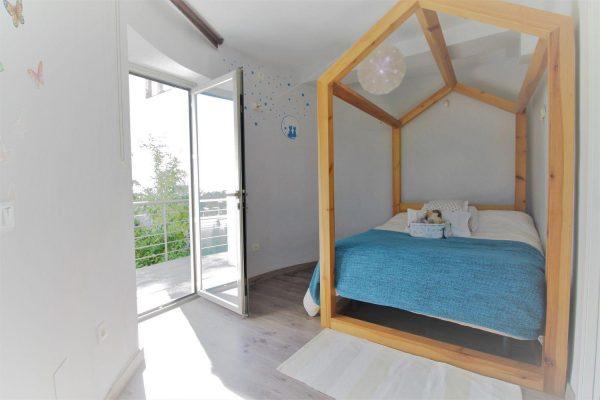 67714003 2455016 foto 305616 600x400 - Elegante y luminosa casa en Benalmádena (Málaga)
