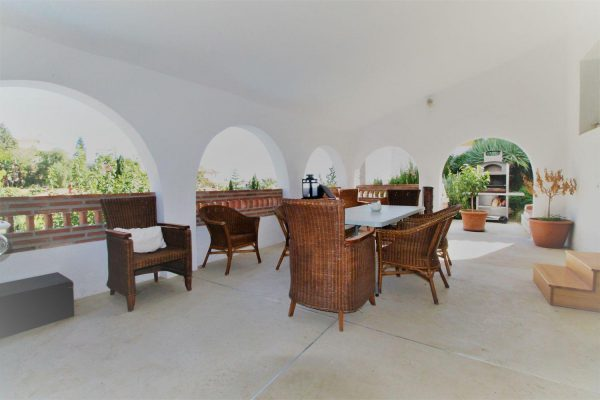 67714003 2455016 foto 431578 600x400 - Elegante y luminosa casa en Benalmádena (Málaga)