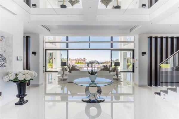 67714478 2077743 foto 992600 600x400 - Descubre cómo ha cambiado la decoración del hogar en los últimos años