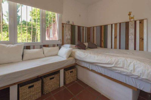 67813633 2468039 foto 594295 600x400 - Vistas a Africa y un paraiso natural en una villa en Tarifa (Cádiz)
