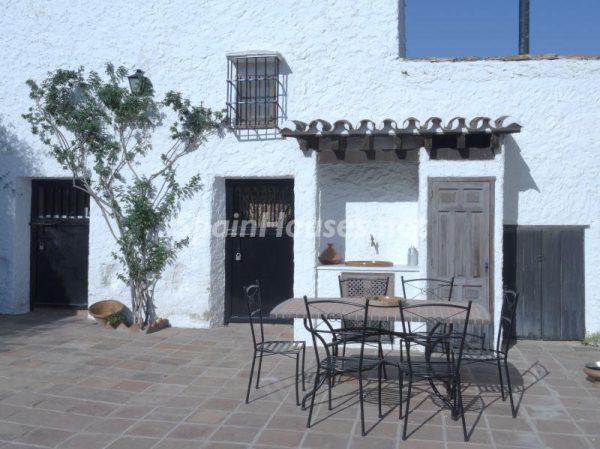 68073382 2101297 foto 762632 600x449 - Villas perfectas para disfrutar de todas las ventajas que ofrece un porche