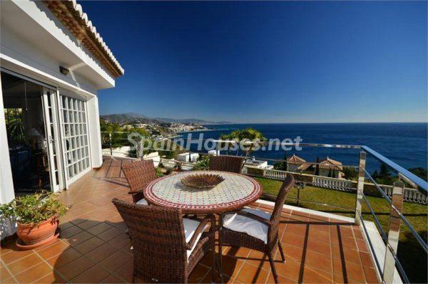 68082724 2102848 foto 756197 600x399 - Villas perfectas para disfrutar de todas las ventajas que ofrece un porche