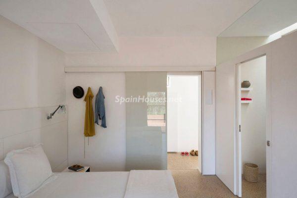 68532389 2130392 foto 523863 600x400 - Contempla el paraíso natural único que rodea esta casa en Santa Eulalia del Río, Ibiza