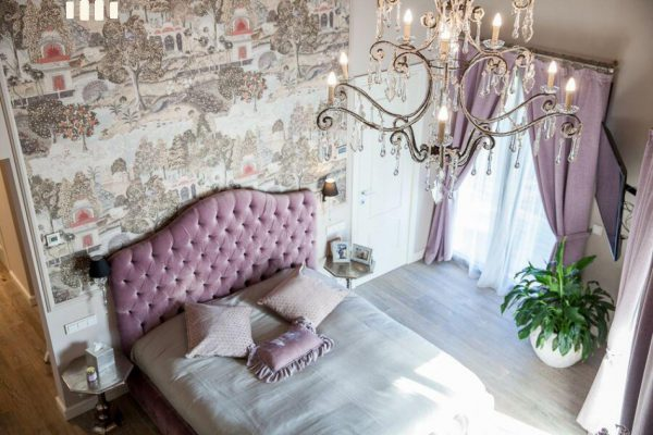 69139159 2216106 foto 078870 600x400 - Costa, color y diseño protagonizan esta increíble casa en Sant Antoni de Calonge, Girona