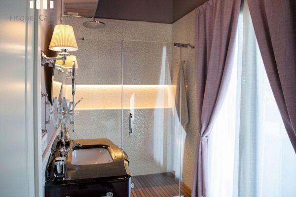 69139159 2216106 foto 461604 600x400 - Costa, color y diseño protagonizan esta increíble casa en Sant Antoni de Calonge, Girona