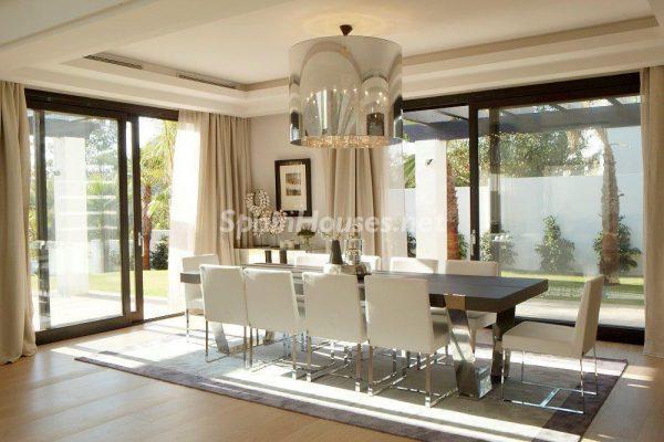 69140074 2209537 foto 065484 600x400 - El estilo decorativo definitivo lo tiene esta lujosa villa en Marbella