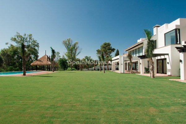 69140074 2209537 foto 872964 600x401 - El estilo decorativo definitivo lo tiene esta lujosa villa en Marbella