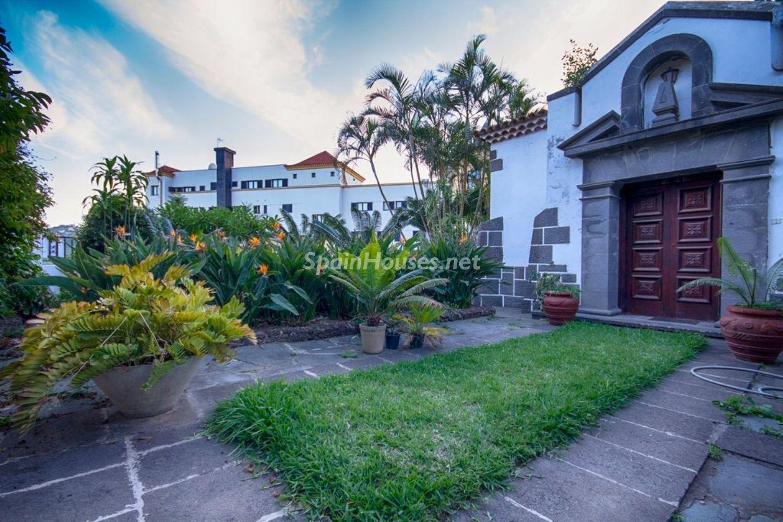 69245670 2955173 foto 616188 - Arquitectura singular de la posguerra del arquitecto Jose Enrique Marrero Regalado en Santa Brigida (Islas Canarias)