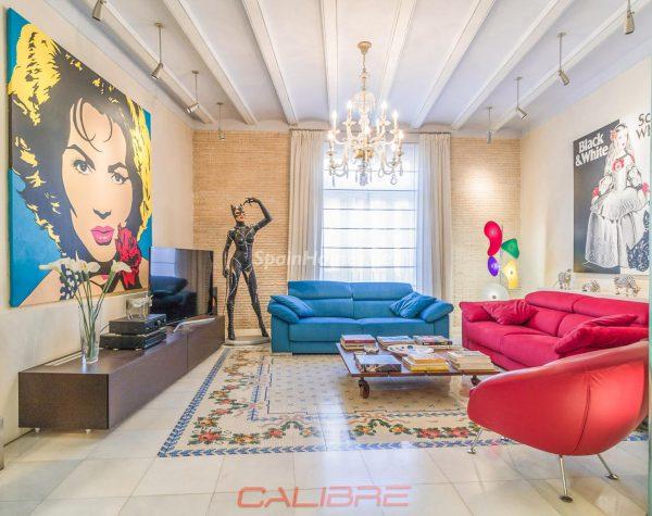 69402407 2261020 foto70856302 600x475 - Si eres amante del Pop Art, tu piso perfecto está en Valencia