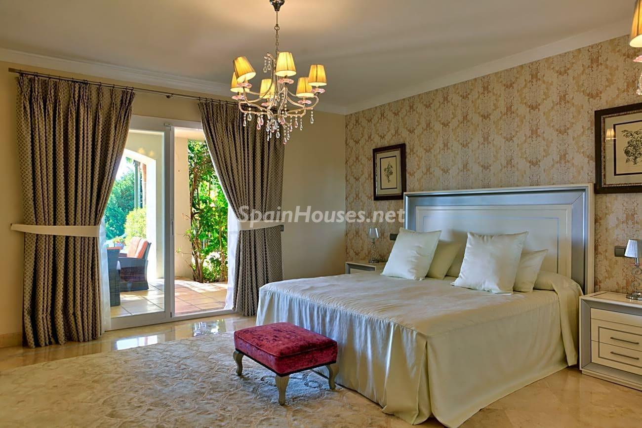 69700916 3159947 foto 324682 - Diseño romano, elegancia y lujo en esta maravillosa villa en Benahavís