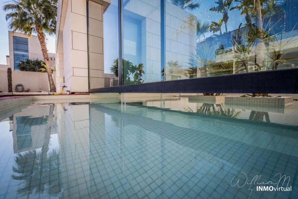 69739038 2311171 foto73949286 1024x682 - Diseño de resort de lujo en este majestuoso y moderno chalet independiente en El Puntal (Murcia)
