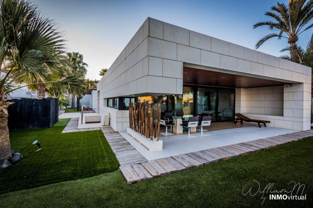69739038 2311171 foto73949303 1024x682 - Diseño de resort de lujo en este majestuoso y moderno chalet independiente en El Puntal (Murcia)
