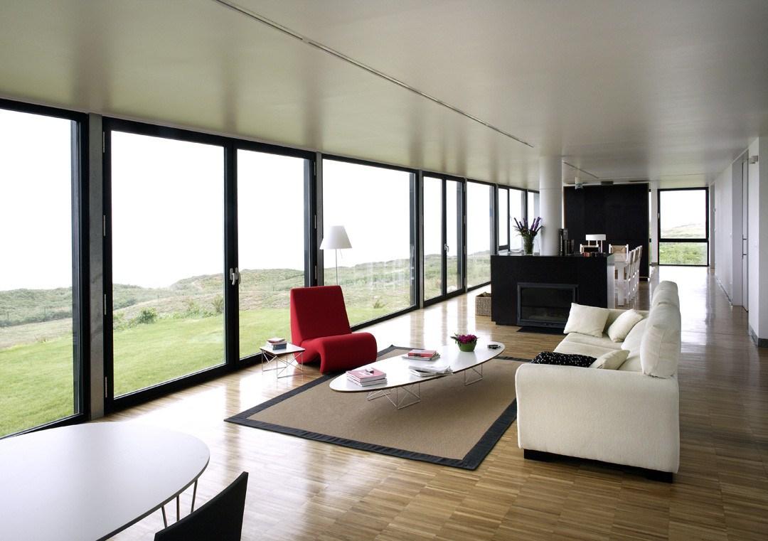 """7 salon - Casa Os: """"Techo verde"""" en el Cantábrico en busca de olas, viento y mar (Loredo, Cantabria)"""