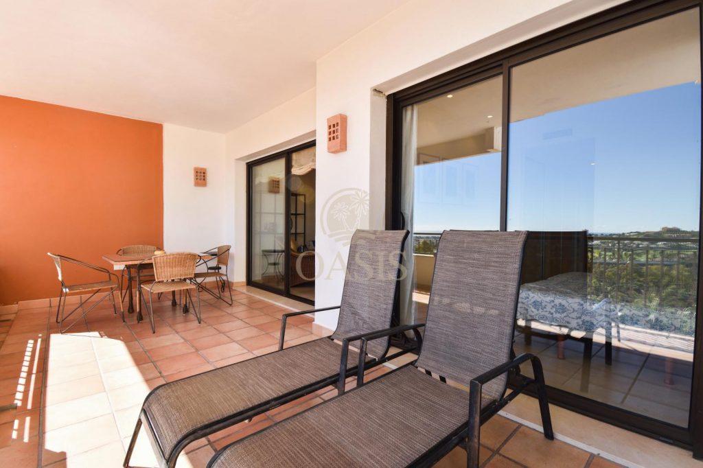 70883400 2539761 foto88256211 1024x682 - Lujo a precio de ocasión en este piso en San Pedro de Alcántara, Marbella