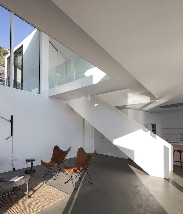 """712 - """"Casa Girasol"""" en Costa Brava, o las múltiples y geniales vistas entre la montaña y el mar"""