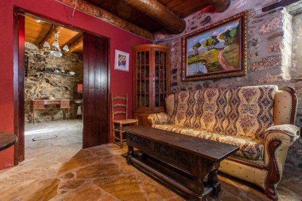 71532983 2478205 foto 057979 600x400 - Descubre el paraíso natural único que rodea esta preciosa casa rural en el corazón del Pre-Pirineo