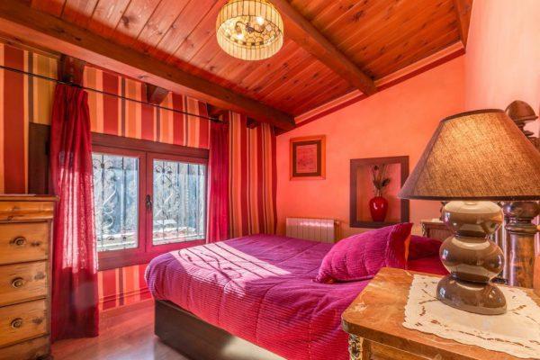 71532983 2478205 foto 071673 600x400 - Descubre el paraíso natural único que rodea esta preciosa casa rural en el corazón del Pre-Pirineo