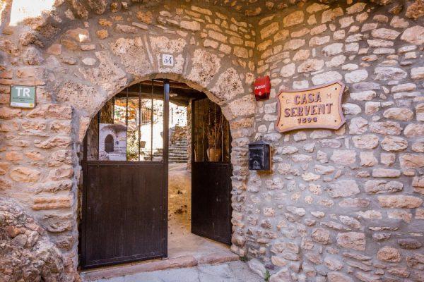 71532983 2478205 foto 198183 600x400 - Descubre el paraíso natural único que rodea esta preciosa casa rural en el corazón del Pre-Pirineo