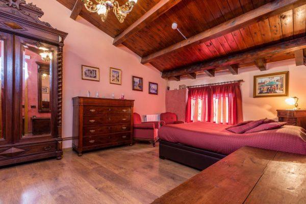 71532983 2478205 foto 283965 600x400 - Descubre el paraíso natural único que rodea esta preciosa casa rural en el corazón del Pre-Pirineo
