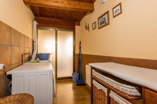 71532983 2478205 foto 349209 600x400 - Descubre el paraíso natural único que rodea esta preciosa casa rural en el corazón del Pre-Pirineo