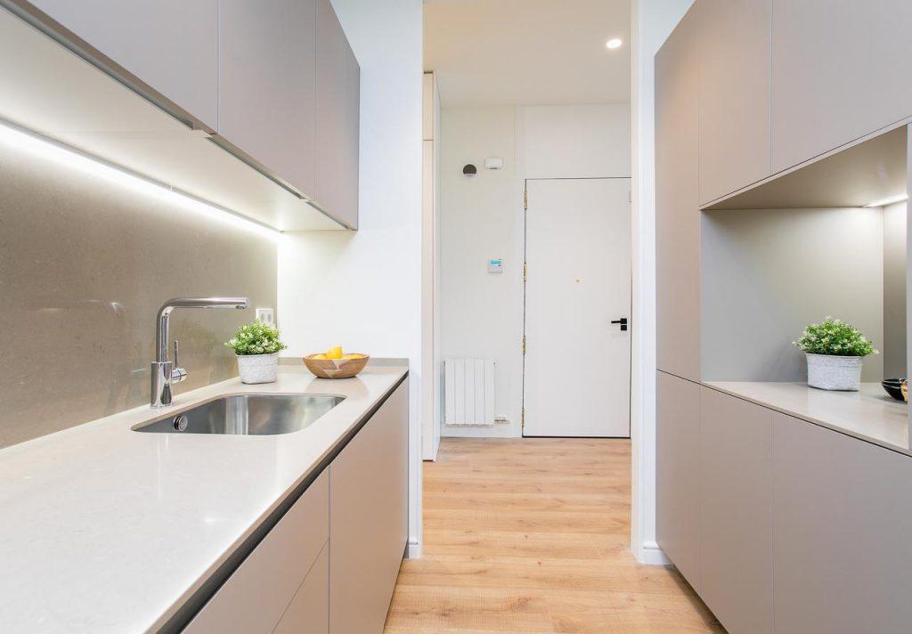 71836161 2505148 foto105793904 1024x712 - Estilo soft en un precioso piso lleno de luz y detalles en Dreta de l'Eixample (Barcelona)