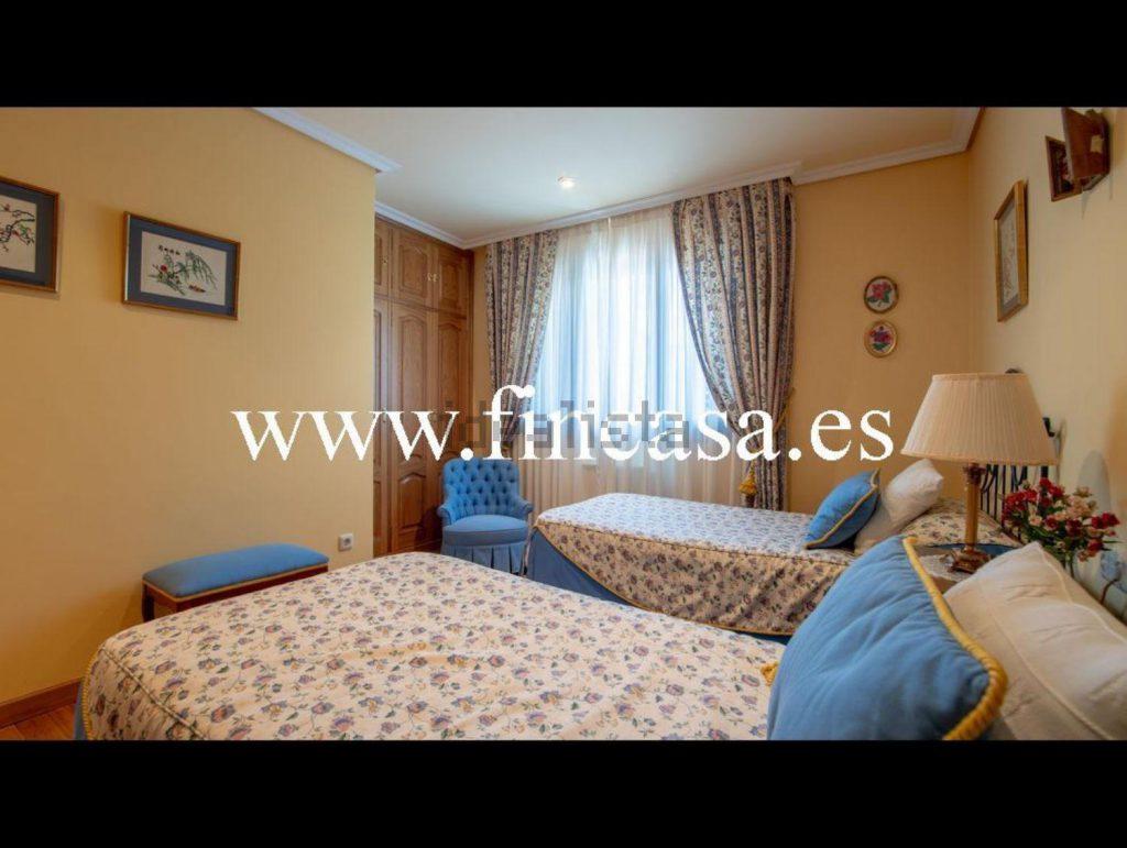 72058107 2538013 foto86929815 1024x771 - Lujo, tranquilidad y aguas termales en una villa en Mondariz (Pontevedra)