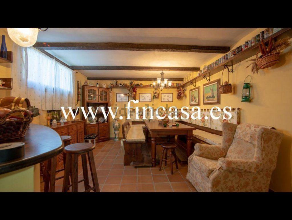 72058107 2538013 foto86929833 1024x772 - Lujo, tranquilidad y aguas termales en una villa en Mondariz (Pontevedra)
