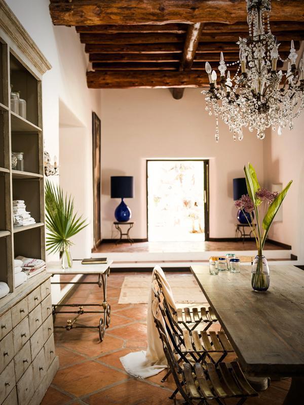 "724 - Preciosa casa con un armonioso y cálido ambiente ""chill out"" en Cala D´Hort, Ibiza"