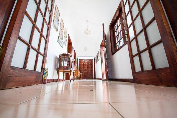 72680830 2637943 foto 334750 600x400 - Fantástica casa con piscina cubierta y un hermoso jardín en San Miguel de Abona (Tenerife)