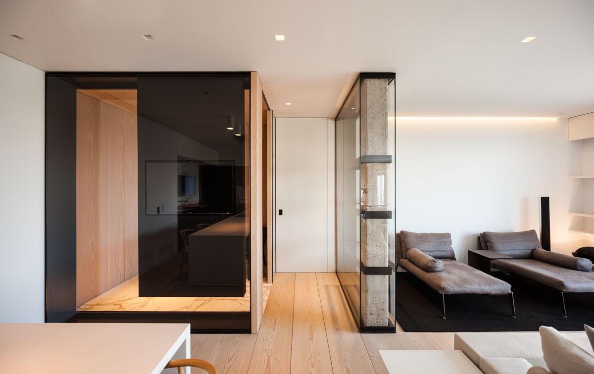 731 - Fantástico y moderno ático en Sevilla de elegante y cálido diseño minimalista