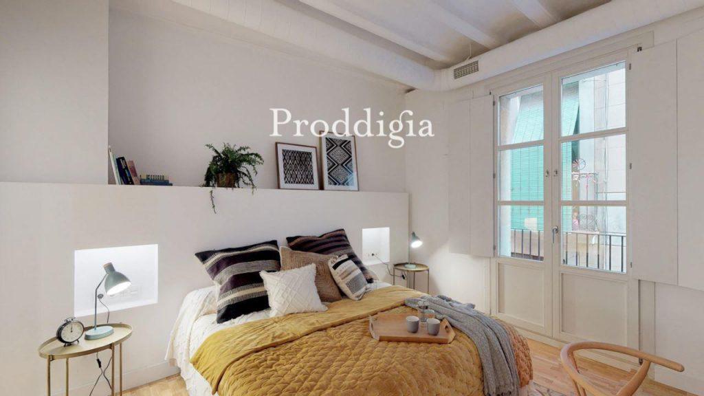 73414131 2737104 foto 147673 1024x576 - Si eres amante del mid-century moderno tu piso perfecto esta en Barcelona