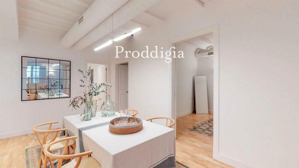 73414131 2737104 foto 307248 1024x576 - Si eres amante del mid-century moderno tu piso perfecto esta en Barcelona