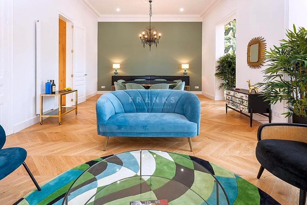 75089113 2918446 foto 552949 1024x683 - Apartamento de lujo y estilo Mid-Century Modern en L'Eixample Dreta (Barcelona)