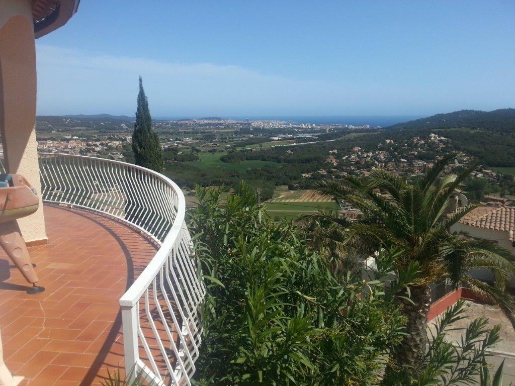 75284257 2929650 foto 165908 - Costa, precio y fusión de estilos protagonizan esta magnifica villa en Calonge (Girona)