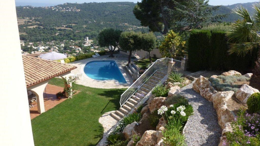 75284257 2929650 foto 398947 - Costa, precio y fusión de estilos protagonizan esta magnifica villa en Calonge (Girona)