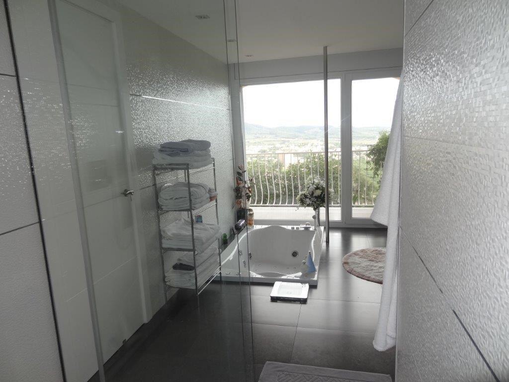 75284257 2929650 foto 785721 - Costa, precio y fusión de estilos protagonizan esta magnifica villa en Calonge (Girona)