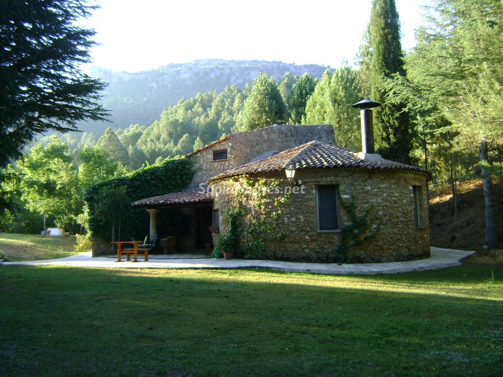 75654550 3042000 foto119387284 - 7 Casas rurales para disfrutar del otoño