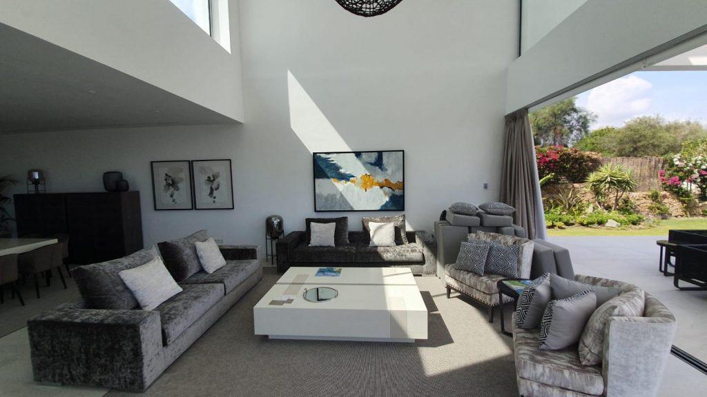 76019569 2978815 foto113332407 1024x576 - Puro diseño en esta villa en Nagüeles-Milla de Oro (Marbella)