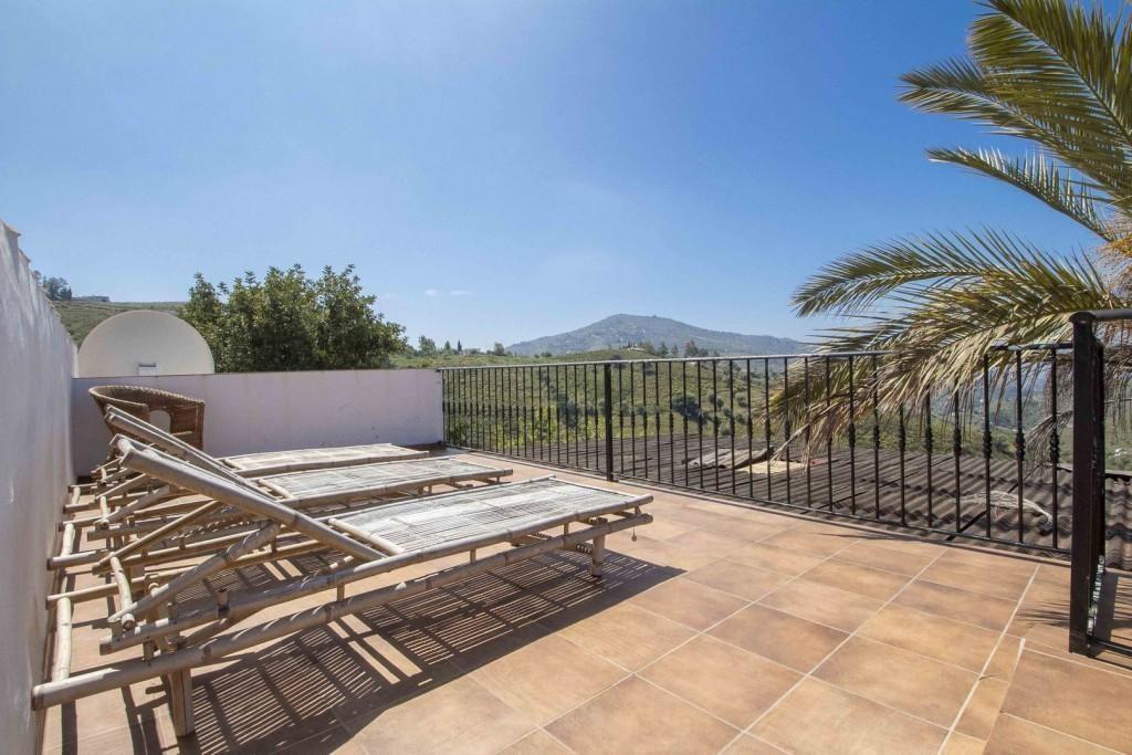 76232881 2977024 foto 341083 1024x683 - Naturaleza y fusión de estilos en un cortijo andaluz en Cómpeta (Málaga)
