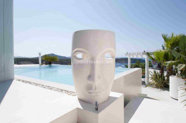 763282 1883886 foto54277710 600x399 - Una obra de arte moderno hecha casa en las Islas Baleares