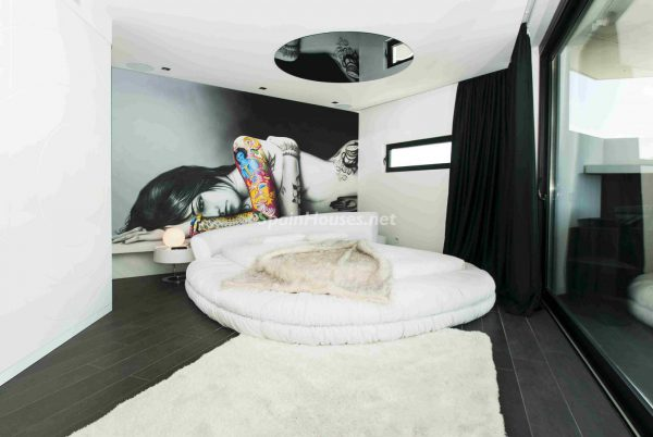 763282 1883886 foto54277720 600x402 - Una obra de arte moderno hecha casa en las Islas Baleares