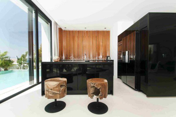 763282 1883886 foto54277738 600x398 - Una obra de arte moderno hecha casa en las Islas Baleares