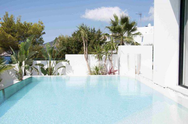 763282 1883886 foto54277758 600x395 - Una obra de arte moderno hecha casa en las Islas Baleares