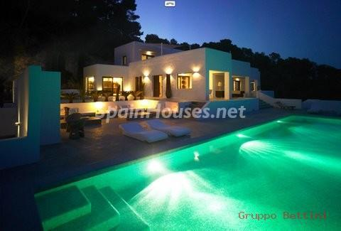 772802 53807 1 - Ibiza. Pure Paradise For Sale