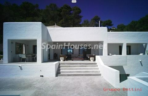 772802 53807 17 - Ibiza. Pure Paradise For Sale